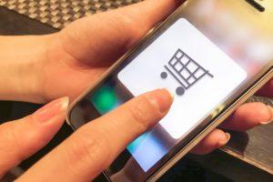 通販LTVを達成するためには、個々の顧客の適切な対応できるCRMが重要